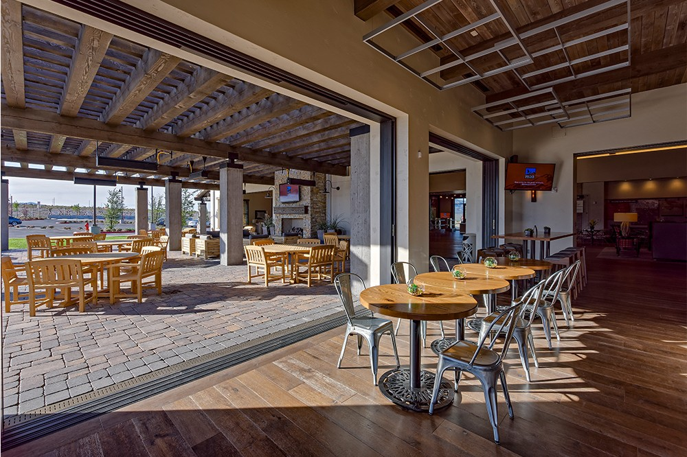 skye-canyon-indoor-outdoor-bistro